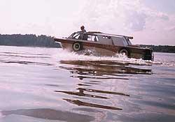 """""""Тритон"""" на воде."""