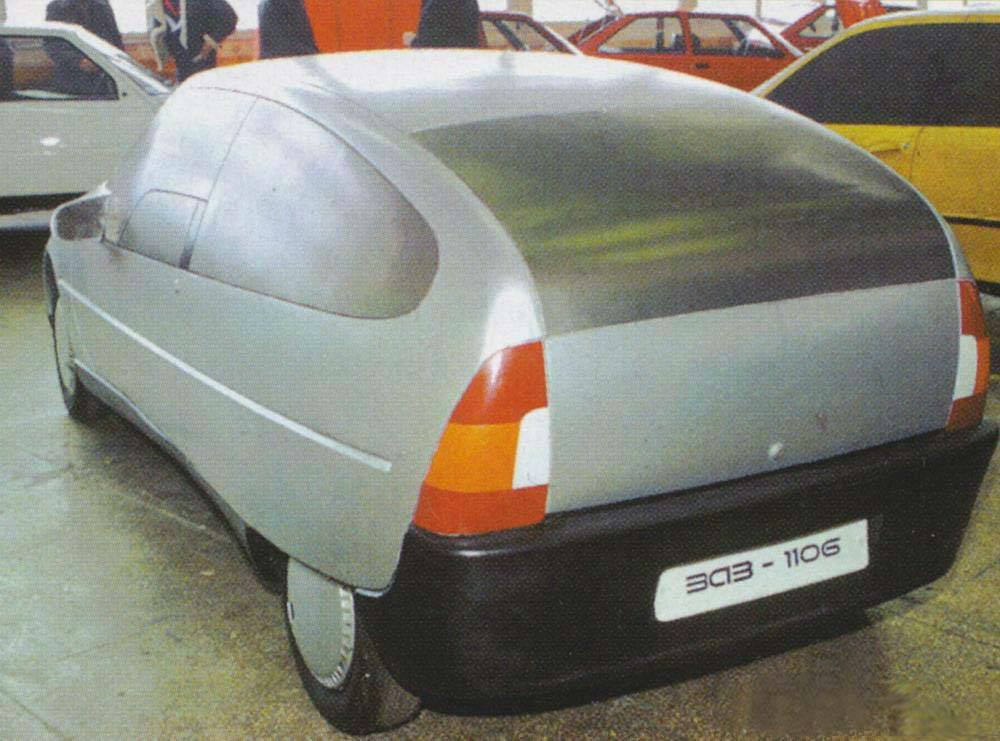 Прототипы автомобилей СССР - ЗАЗ-1106, вид сзади.