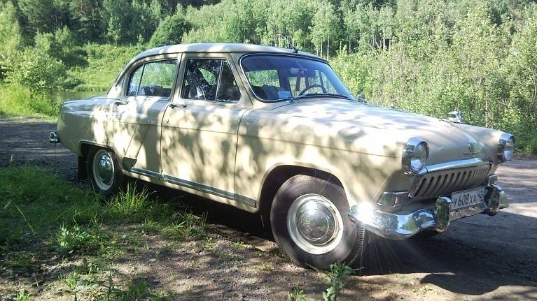 Ретро авто России в Новокузнецке: автомобиль ГАЗ-21 Волга Rymer`а.