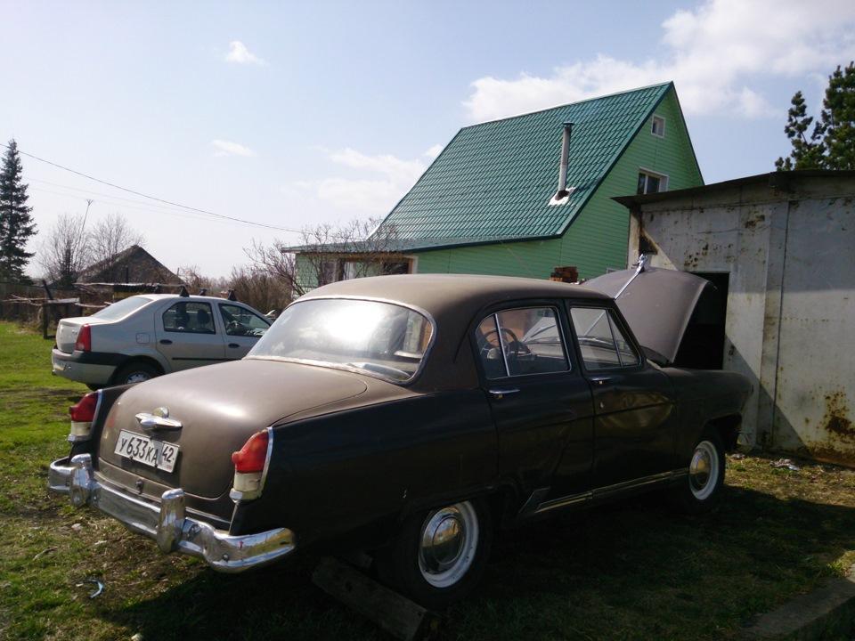 Ретро авто России в Новокузнецке: автомобиль ГАЗ-21 Волга Ильи Лисоты.