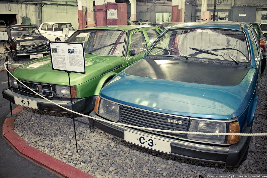 Москвич С-1 и Москвич С-3.